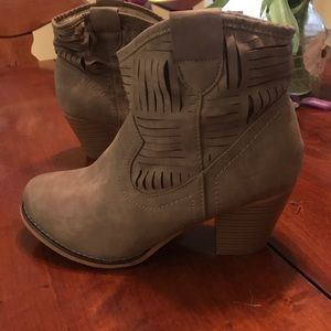 Bacco Bucci Shoes - Suede Heeled Booties
