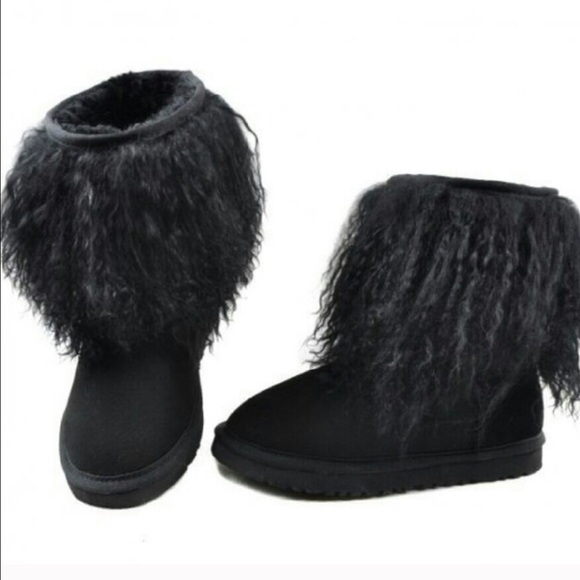 Ugg Australia Sheepskin cuff boot Ankle Boots Color Black  Women
