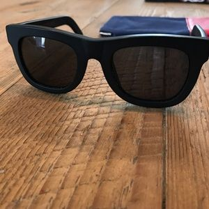 Super Sunglasses Accessories - Super Sunglasses Gals