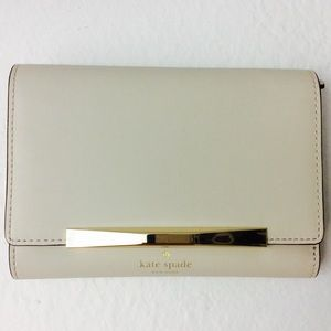 kate spade Handbags - 🔴 New Kate Spade Wallet