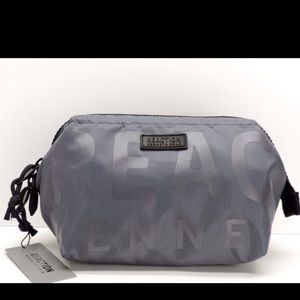 Kenneth Cole Reaction Other - Kenneth Cole REACTION Men's Toiletry TravelBagNEW