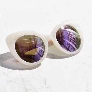 Quay Australia Accessories - Quay screaming diva sunglasses