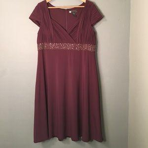 JS Boutique Dresses & Skirts - *50% OFF BUNDLES* purple pleated formal dress