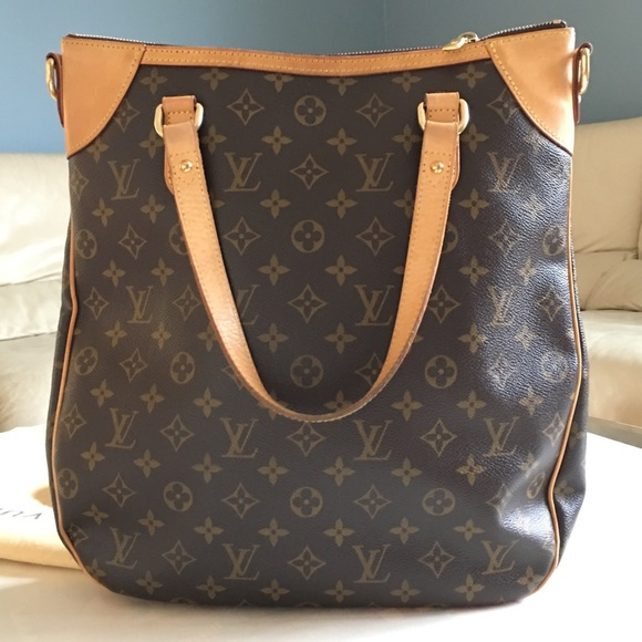 60c92e7dcb25 Louis Vuitton Odeon GM. M 58d99a5068027824da01de65