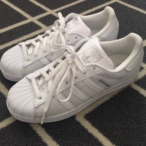 Adidas Shoes - 💞Adidas Super Star💞
