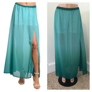 Dresses & Skirts - NIP Large Jade Maxi Skirt