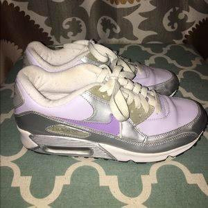 Nike Air Max 90 in Purple/Silver (Size 7Y)