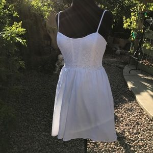 City Triangles Dresses & Skirts - Sexy Little White Dress ❤️