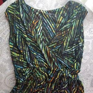 NIC + ZOE Dresses & Skirts - Nic + Zoe wrap top casual green print dress EUC