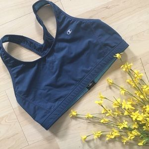 Champion Other - NWOT Reversible champion blue sports bra
