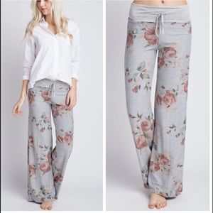 •floral wide leg lounge pants•