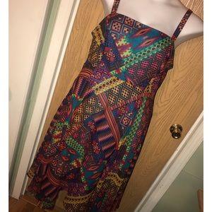 Robbie Bee Dresses & Skirts - Aztec print chiffon hanky hem midi dress
