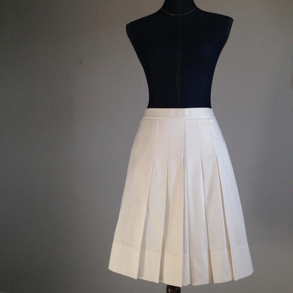 loft 2 for 20 loft pleated skirt from april s closet