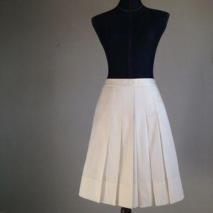 LOFT Dresses & Skirts - Loft Pleated Skirt