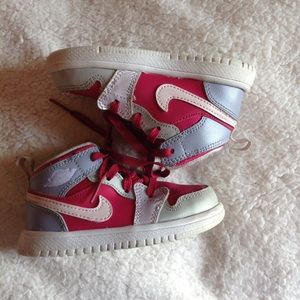 Nike Other - Nike Air Jordan 1 mid flex