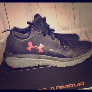 Under Armour Other - Men's Under Armour running shoes