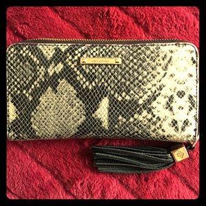 Stella & Dot Handbags - STELLA&DOT, AUTHENTIC SNAKE SKIN PRINT WALLET