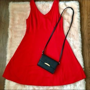 Donna Ricco Dresses & Skirts - Red swing dress