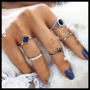 Jewelry - SALE🇺🇸ONLY 1‼️Midi Rings-5 Piece Stunning Set