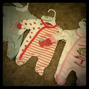 Koala Kids Other - BABY BUNDLE PREEMIE BODY SUITS BNWT!!