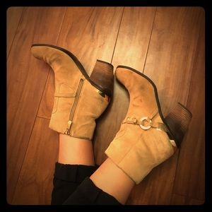 Vince Camuto Suede Boots Size 7