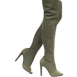 Cape Robbin Shoes - NWOT Cape Robbin Elnora Peep Toe Thigh High Boot