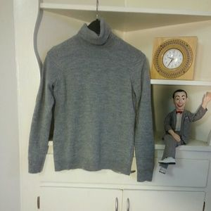 Ellen Tracy Sweaters - 100% merino wool grey turtleneck sweater