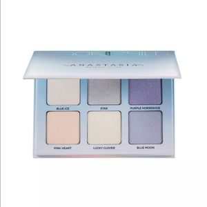 Anastasia Beverly Hills Other - Anastasia Beverly Hills Glow kit- moonchild