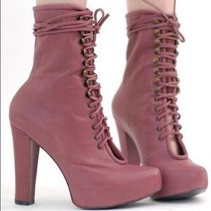 Kathryn Amberleigh Shoes - Kathryn Amberleigh Rhiannon Ostrich Platform Boots