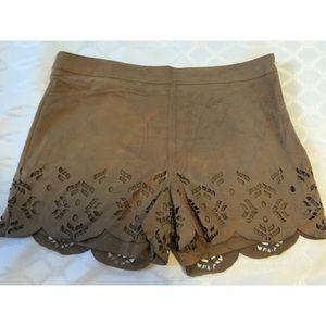 stella luce Pants - NWOT Stella Luce Brown Suede shorts size L
