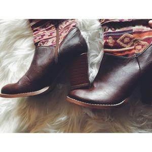 Soda Shoes - Ethnic Aztec Fabric Vegan Leather Riding Boots 7