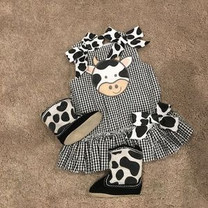 Mud Pie Other - Mud pie cow dress and matching boots
