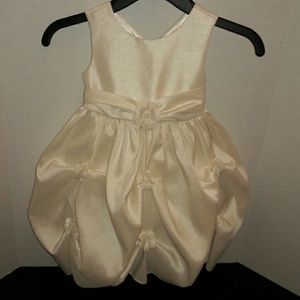 Other - Beautiful Ivory Dress