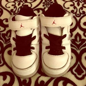 Jordan Other - Toddler Nike Jordan's size 8