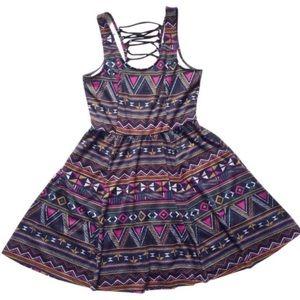 Jessica Simpson Dresses & Skirts - 🌺 Aztec Print Dress