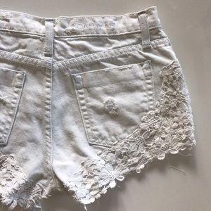 Carmar Pants - [CARMAR] distressed white denim jean shorts 26