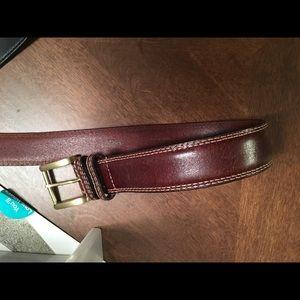 Allen Edmonds Other - Men's Allen Edmonds belt size 40