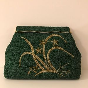 "Handbags - 💕 VINTAGE 1960 FORMAL SOIRÉE CLUTCH 💕 ""FIRM $!"""