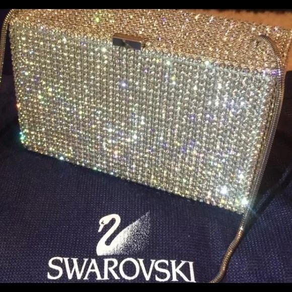 110a0551b4a Swarovski Silver Crystal Evening Clutch *SALE*. M_58da3c2ff739bcd4c1137d74