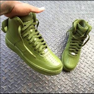 Nike Other - Nike Air Force One Army green