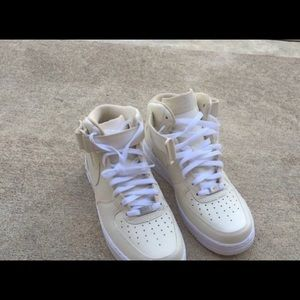Nike Other - Nike Air Force One cream