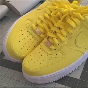 Nike Other - Nike Air Force One yellow low