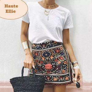 Haute Ellie Dresses & Skirts - 🆕 Dakota Embroidered Mini Skirt