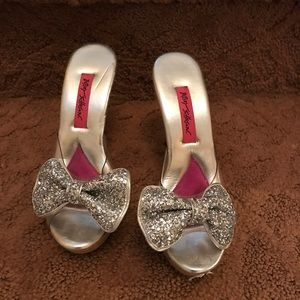 Betsey Johnson Shoes - betsey Johnson heels sparkle