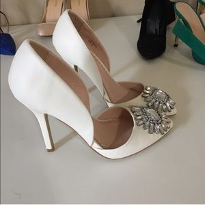 White pumps with Rhinestones
