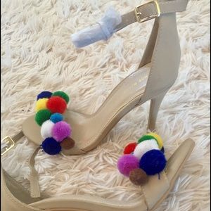 Pom Pom Detail Heeled Sandals 