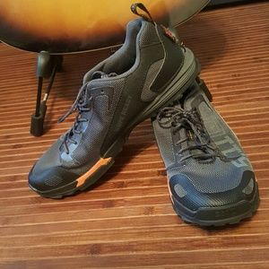5.11 Tactical Shoes - Womens 5.11 Recon trainer tactical athletic shoes.