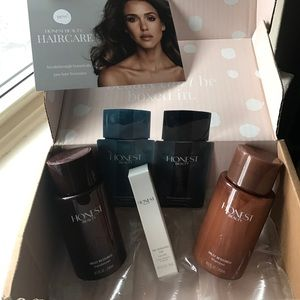 The Honest Company Other - Honest Beauty box