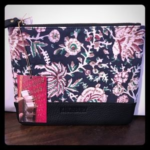 Knighbury Midsummer Pouch. NWT! Only 3 left!