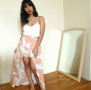 Dresses & Skirts - 🆕WHITE CROCHET PEACH PRINT ROMPER MAXI